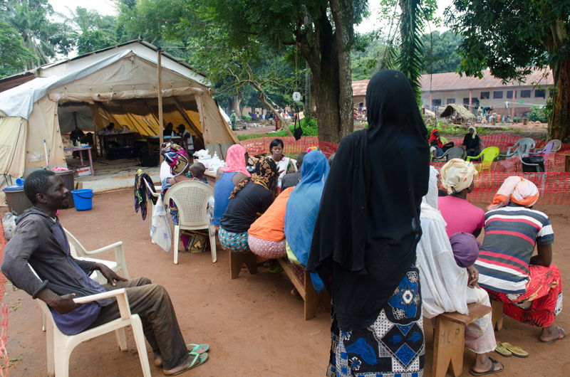 MSF organizes daily mobile clinics on the site to provide primary health care to IDPs. From May to June, the team provided over 2100 consultations, half of them for malaria. Indeed, the living conditions of the IDPs impact on the prevalence of disease such as malaria, diarrhoea and respiratory infection. Also, because of the poor security situation in town, MSF encounters difficulties to refer severe cases to Bangassou hospital for more advanced treatment. Photographer: Natacha  Buhler