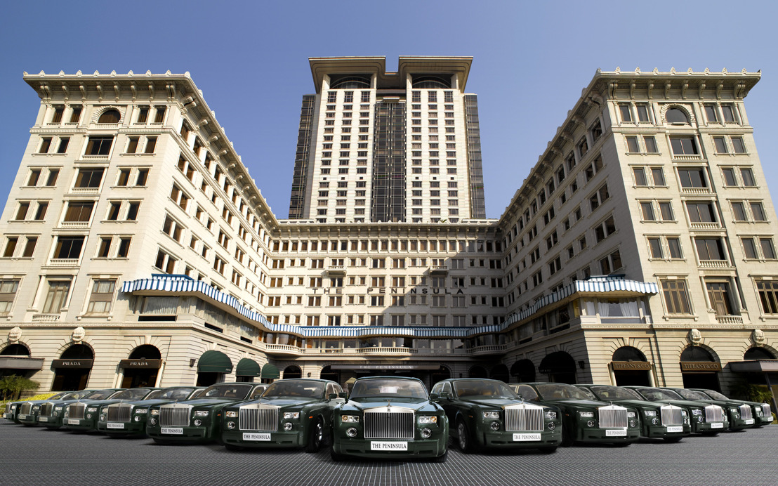 THE PENINSULA HONG KONG RINDE TRIBUTO A JAMES BOND
