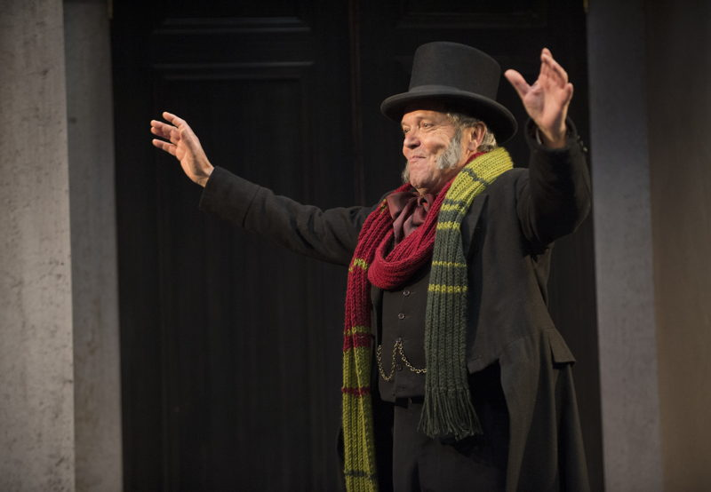 Featuring Tom McBeath (Ebenezer Scrooge) in A Christmas Carol / Photos by David Cooper
