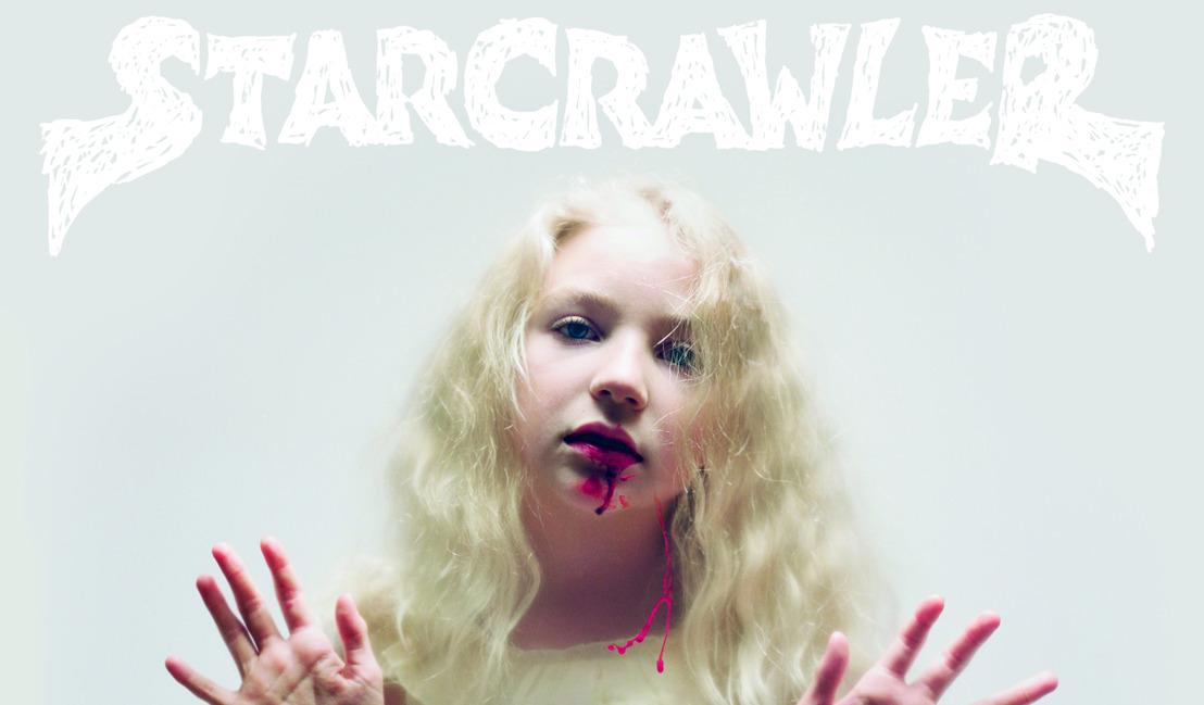 Ismerd meg a szemtelenül fiatal legénységű, glam-rockban utazó Starcrawler debütáló albumát!