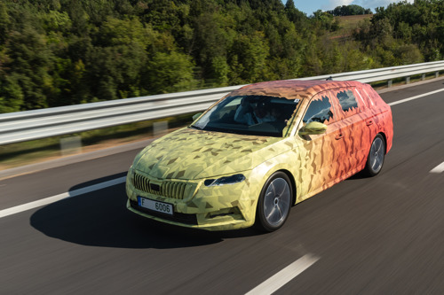 The new ŠKODA OCTAVIA: the brand's icon makes great strides in terms of technology and design