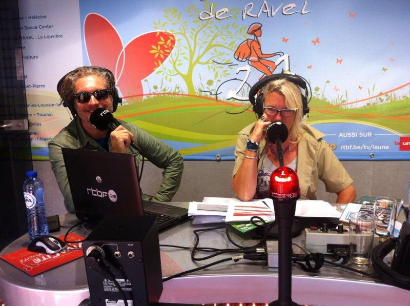 """Charlie Dupont parle de la campagne digitale """"Stop Bombing Civilians"""" en live sur Vivacité."""