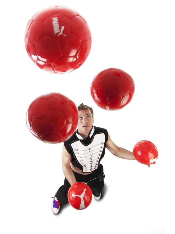 Victor Rubilar - football freestyler