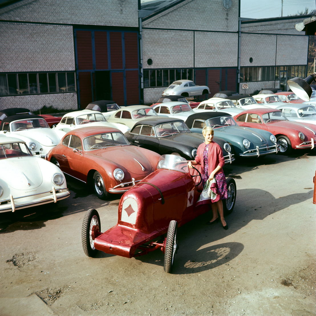 1960. Es inaugurado un Museo de Porsche en el Taller 3 de la Planta 2 de Porsche en Zuffenhausen