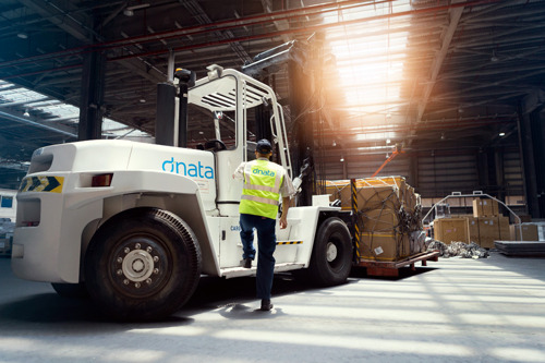 dnata to build new cargo terminal at DWC