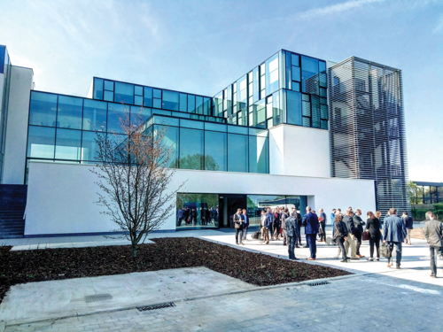 Preview: THE NEW REYNAERS CAMPUS COMBINES TECHNOLOGY AND EXPERIENCE