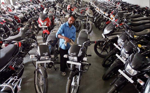 MoneyOnMobile to Offer Two-Wheeler Coverage through India's Leading Private Insurance Carriers