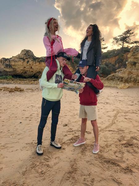 Preview: Amber Delil en Kaj van der Voort battelen tegen Instagrammer Stefan de Vries en actrice Moïse Trustfull om dé zomerhit van 2018 te scoren