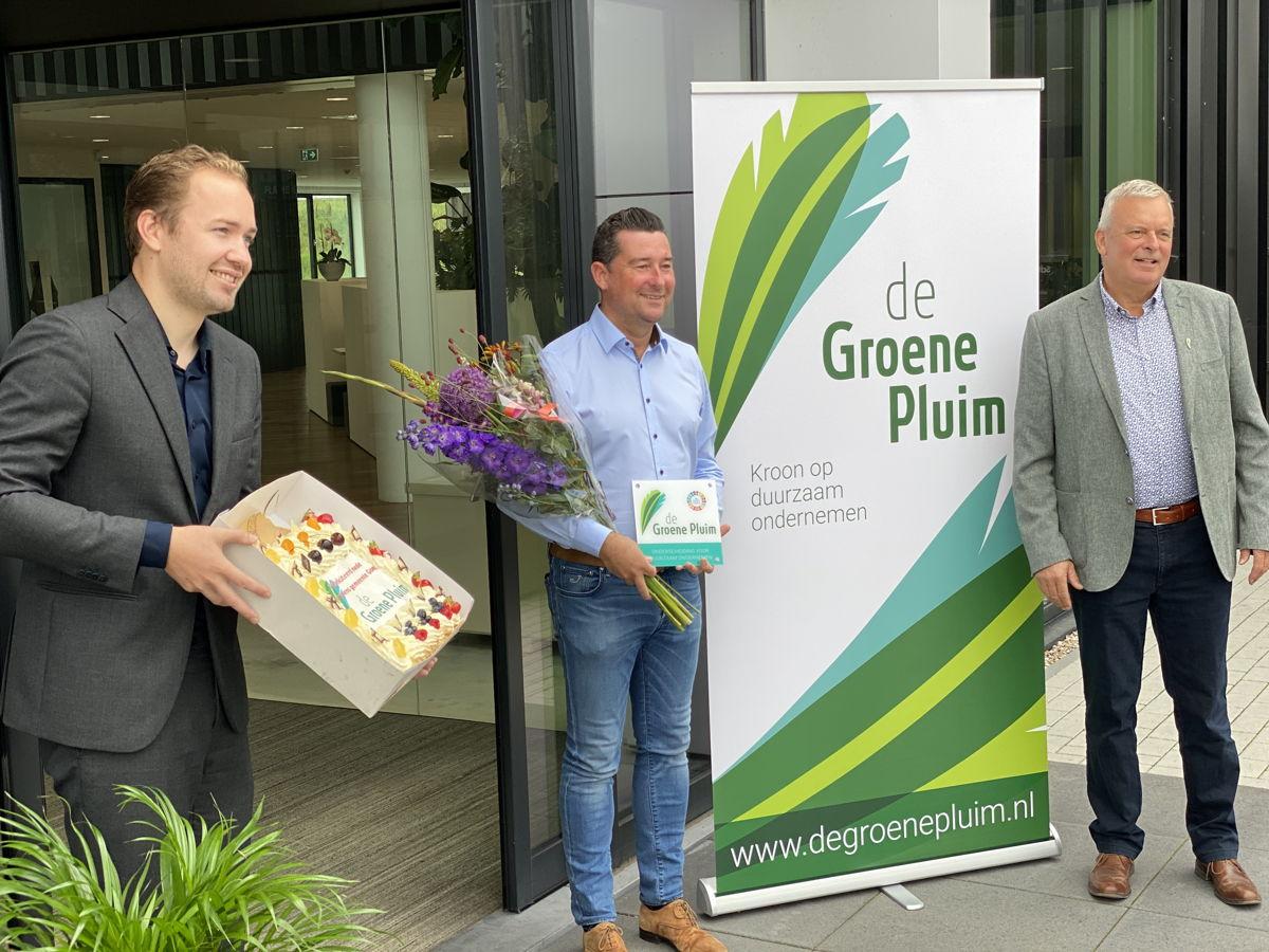 Van links naar rechts: Joost de Goffau (Gemeente Goes), Jurgen van Cutsem (CEO Roompot) en Peter van den Eijnden (de Groene Pluim)