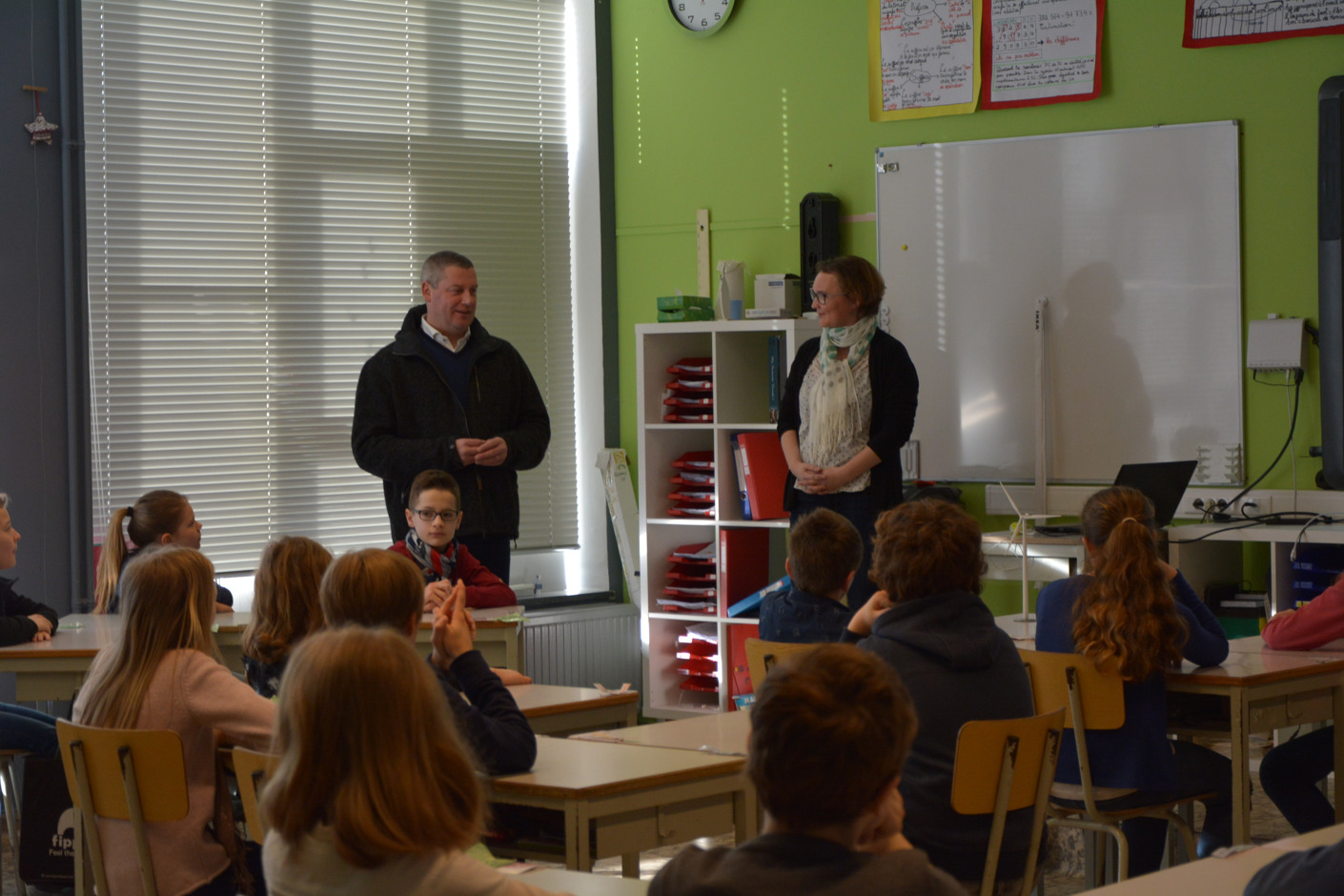 Les élèves de 11 à 12 ans de Neufchâteau reçoivent une animation sur les énergies et le développement durable