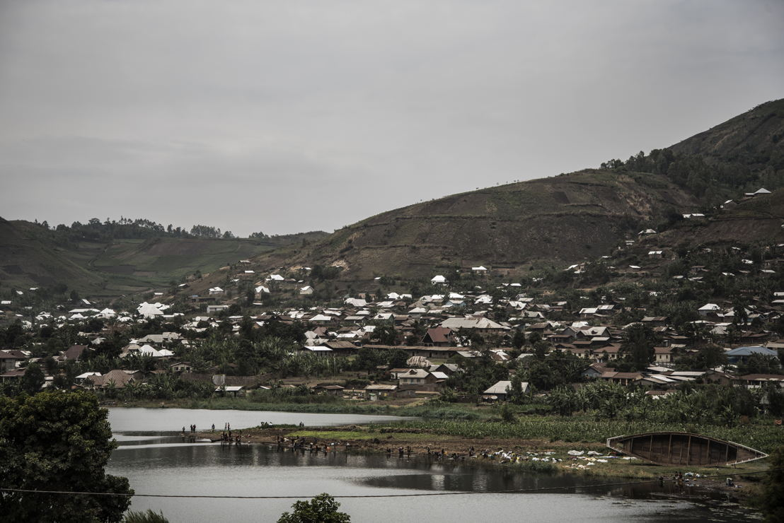 Minova sits next to Lake Kivu, which is likely to be contaminated. But despite knowing that it may harbour contagious microbes, many people have no option but to draw water from it. Photographer: Arjun Claire