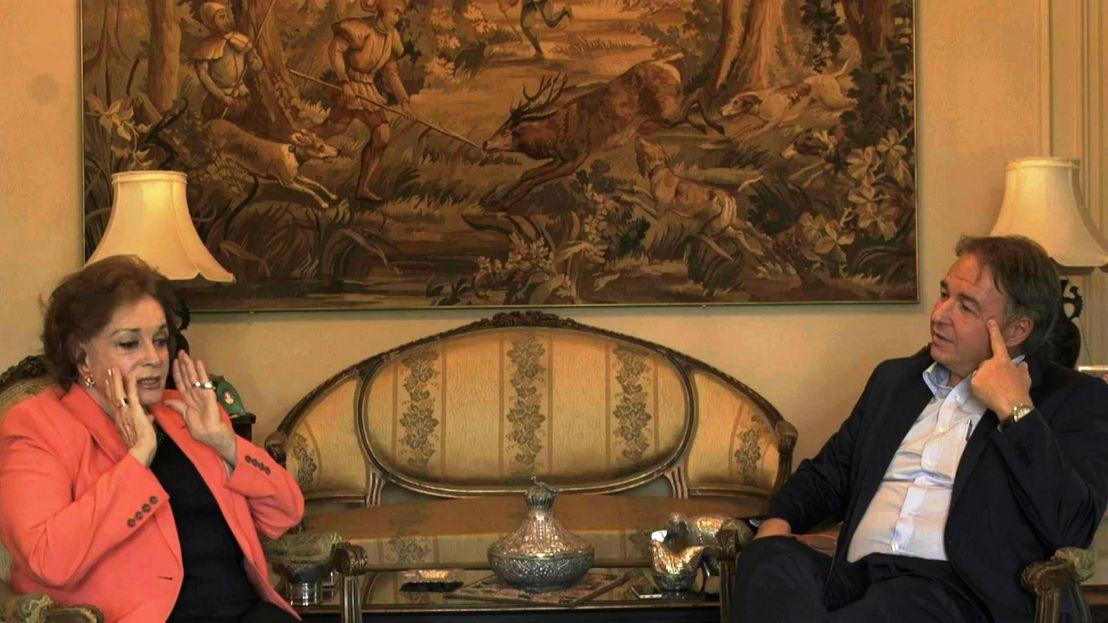 Weduwen na de val - Peter Verlinden en Jehan Sadat - (c) VRT