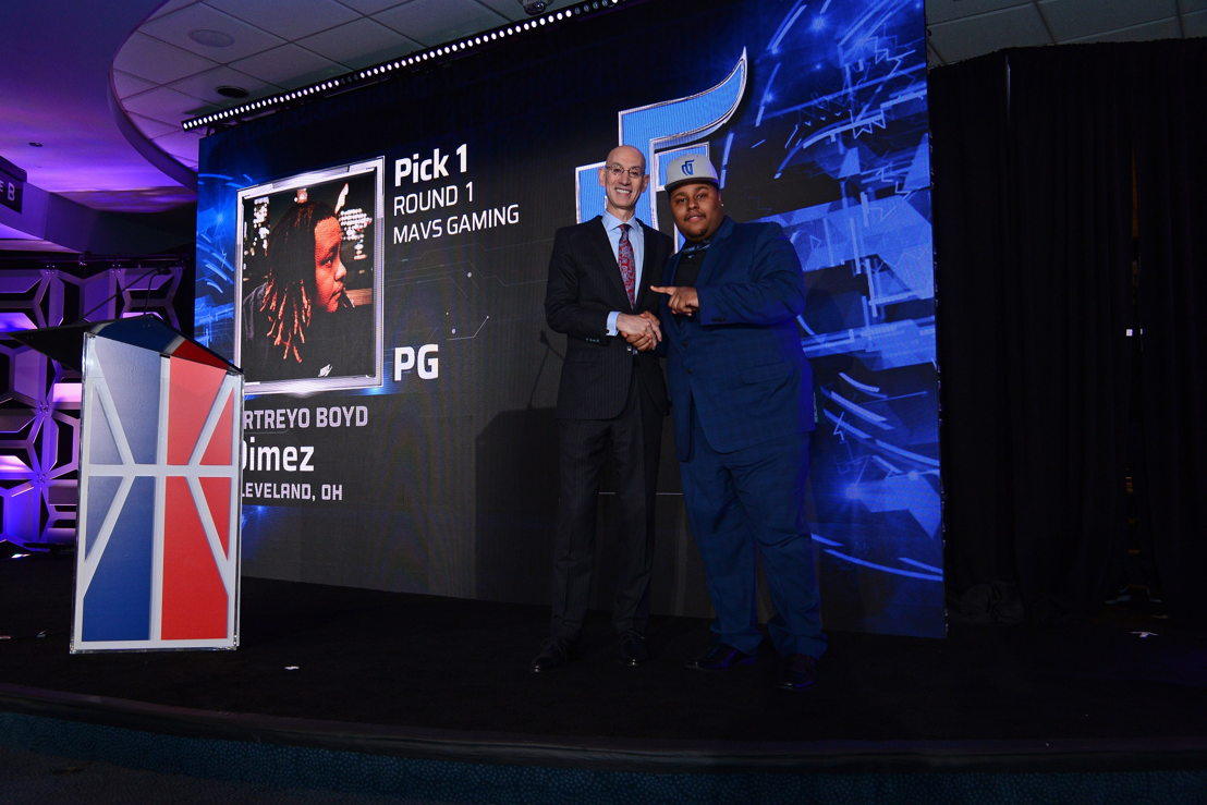 On April 4, NBA Commissioner Adam Silver announces that Mavs Gaming has selected Dimez (Artreyo Boyd) as the first overall pick in the inaugural NBA 2K League Draft which took place April 4 at The Hulu Theater at Madison Square Garden in New York City. With this pick, Silver officially introduced the first NBA 2K League professional in history. The 17-team NBA 2K League, featuring 102 of the top 2K players in the world, begins play in May 2018. (Credit: NBA Photos)