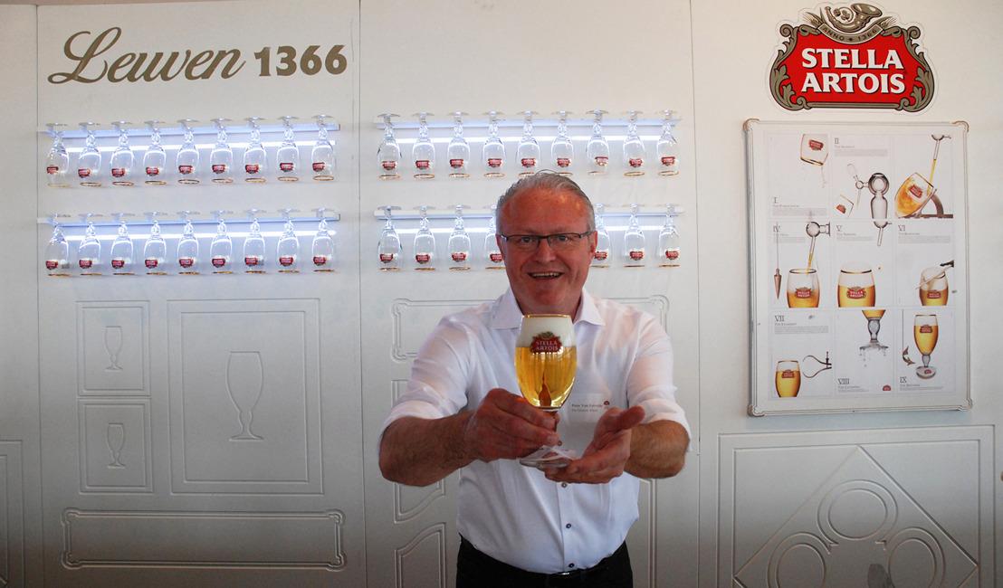 Peter Van Eetvelde van café De Groene Poort is de beste tapper van West- en Oost-Vlaanderen