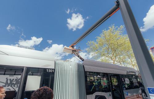 De MIVB test elektrische bussen die in 6 minuten kunnen opladen