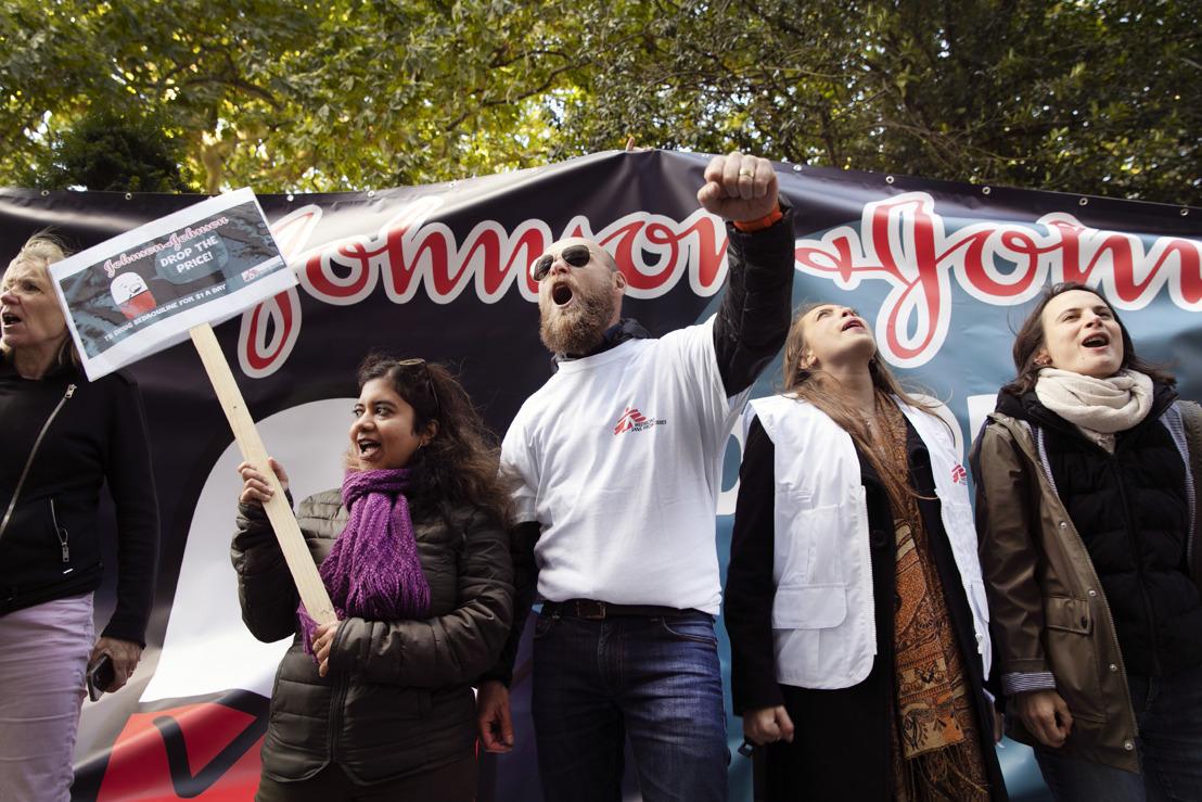 MSF lance une action pour demander à Johnson & Johnson de baisser le prix de son médicament contre la tuberculose