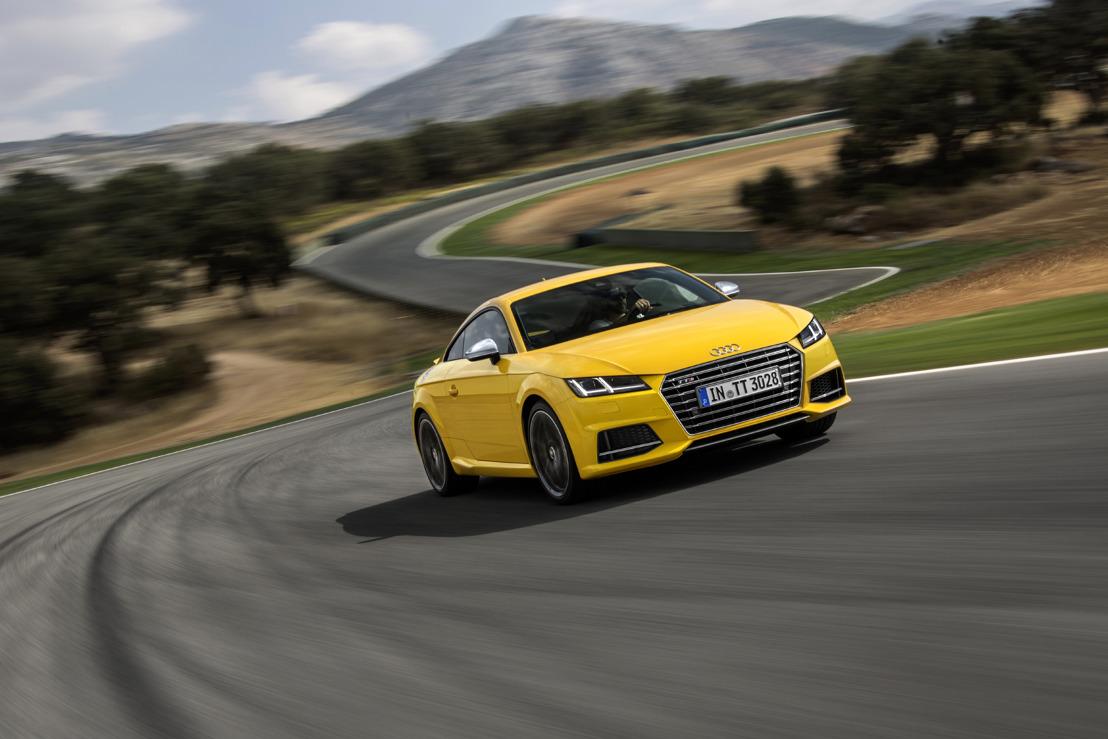 De nieuwe Audi TTS Coupé en TT Roadster zijn vanaf nu te bestellen