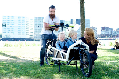 DITCH YOUR MINIVAN FOR AN ECARGO BIKE - REDEFINING THE FAMILY EXPERIENCE