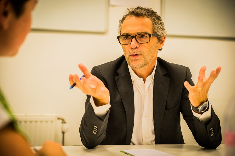 Kris Leys geeft ook in Antwerpen advies over economische en juridische aspecten