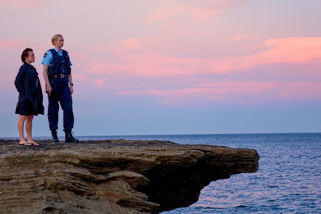 Top of the Lake 2: Elisabeth Moss en Gwendoline Christie - (c) See-Saw Films