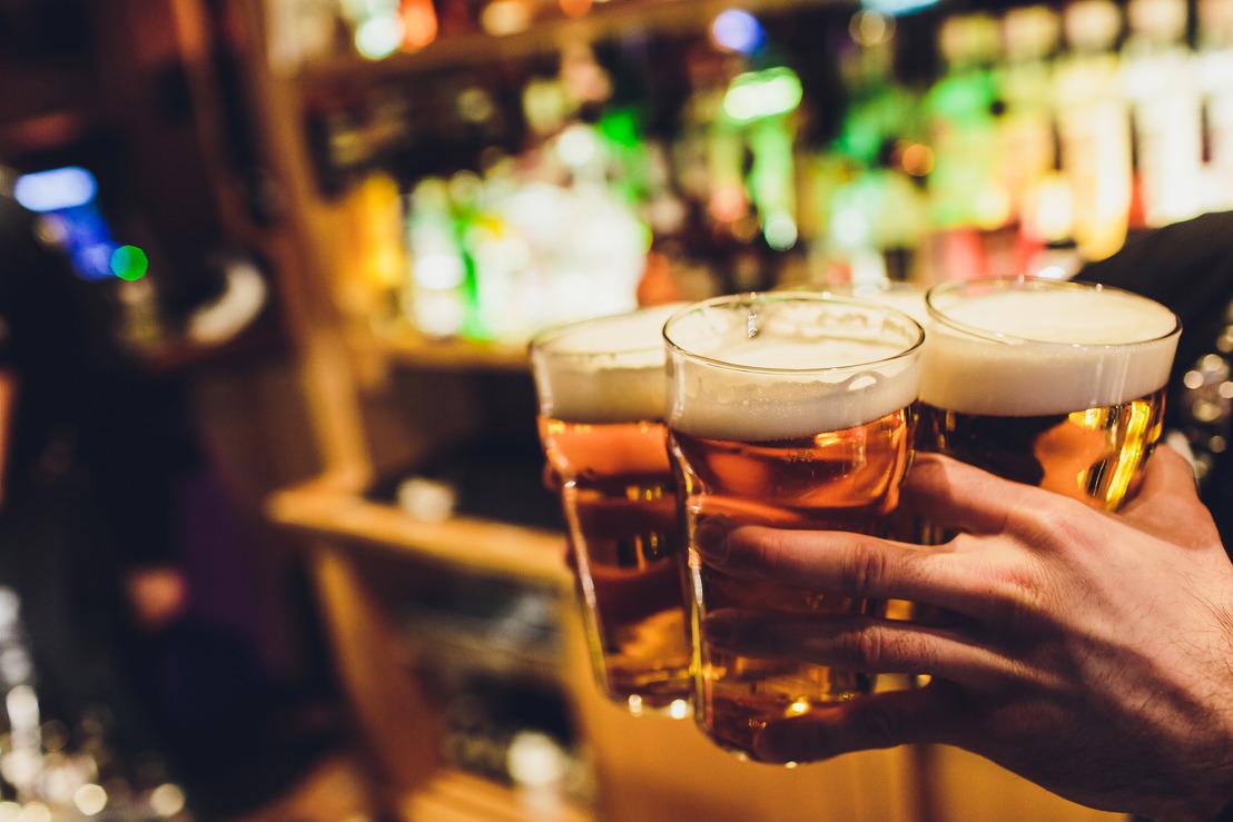 Gouverneur vraagt burgemeesters Vlaamse Rand vervroegd sluitingsuur cafés te overwegen