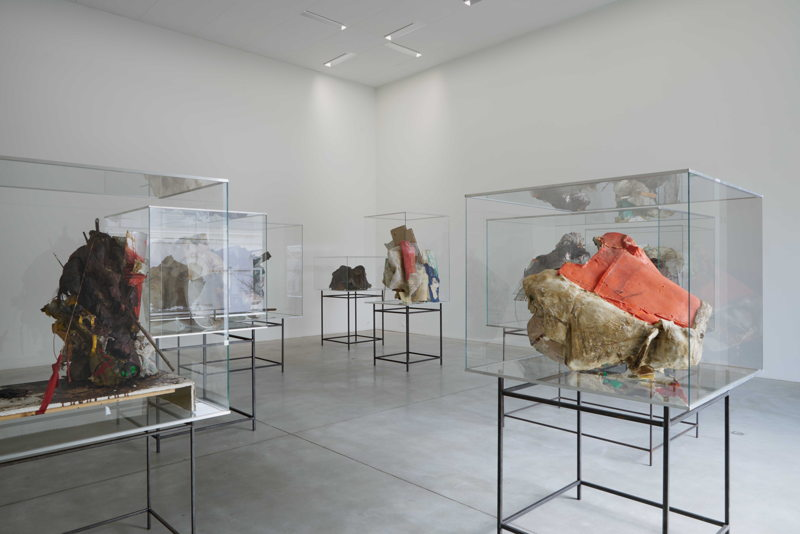 Peter Buggenhout<br/>M – Museum leuven, zaalzicht , 2015<br/>Photo: Dirk Pauwels