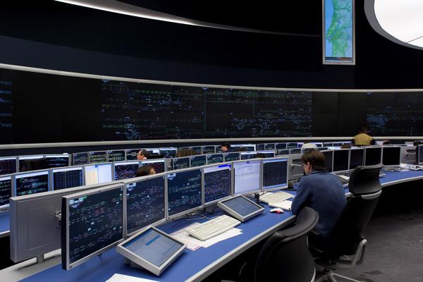 Preview: Thales signe un accord en vue de céder son activité Ground transportation Systems à Hitachi Rail