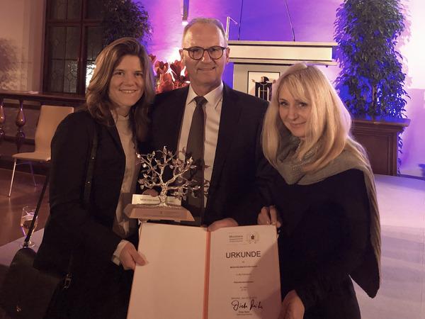 Preview: Die MÜNCHEN MARATHON GmbH erhielt den Engagementpreis der Stadt München