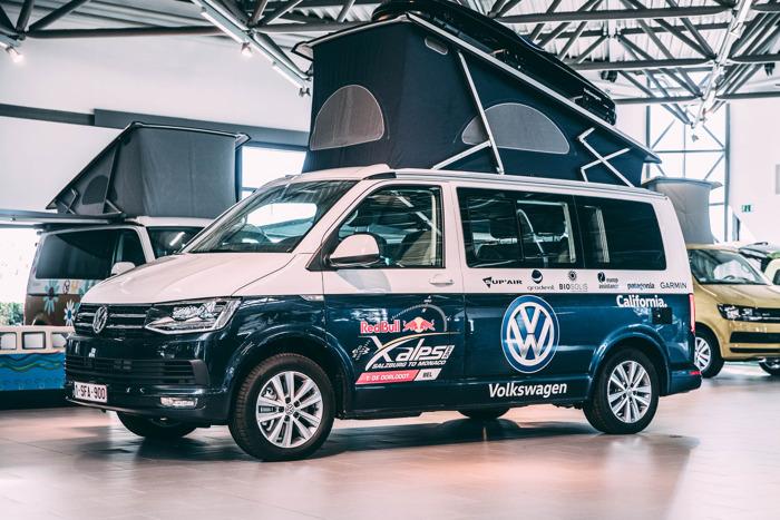 Thomas de Dorlodot se prépare pour le Red Bull X Alps avec le Volkswagen California.
