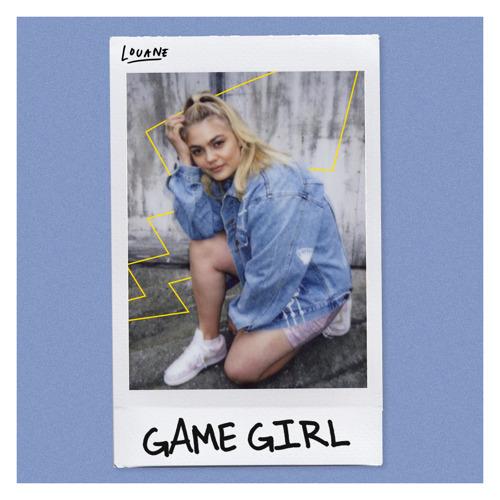 """Louane sort une nouvelle chanson et une nouvelle vidéo intitulée """"Game Girl"""" en collaboration avec Pokémon disponible le 27 août"""