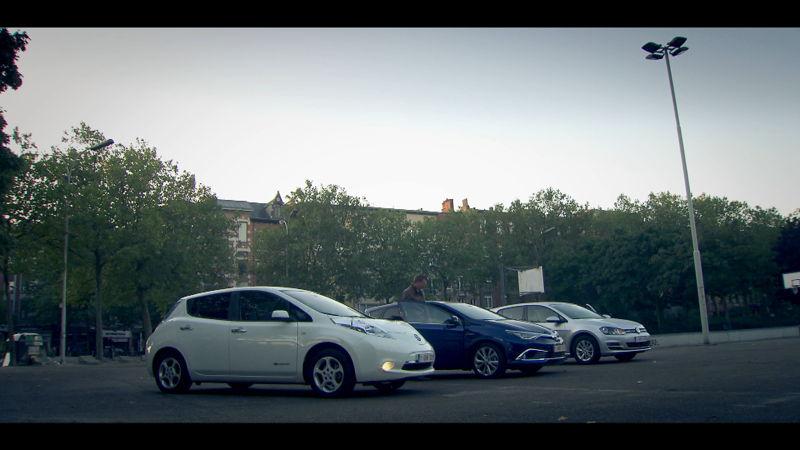 Britt, Thomas en Jan testen 3 groene wagens - Voor hetzelfde geld (c) VRT