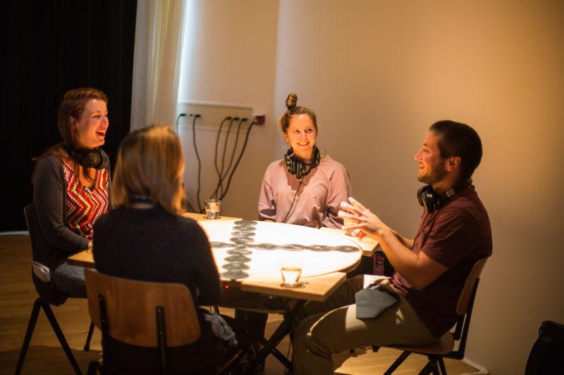 Tasteful Turntable - Lars & Nikolaj Kynde (Senses Working Overtime) © Herre Vermeer