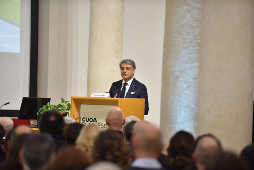 Luca de Meo is awarded an Honorary Master's Degree from Italy's CUOA Business School