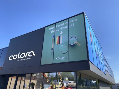 colora & BOSS paints gaan hybride