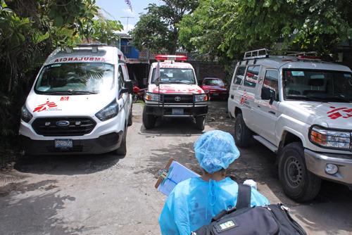 COVID-19: Médicos Sin Fronteras registra un importante aumento de muertes en los domicilios de San Salvador