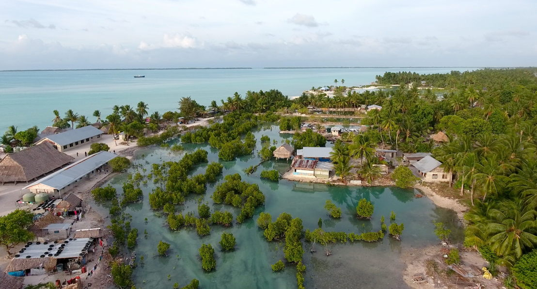 Surviving Paradise Kiribati loopt onder - (c) Stef Ackx