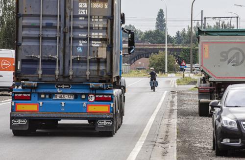 Met de fiets door het havengebied, enkel voor lefgozers?