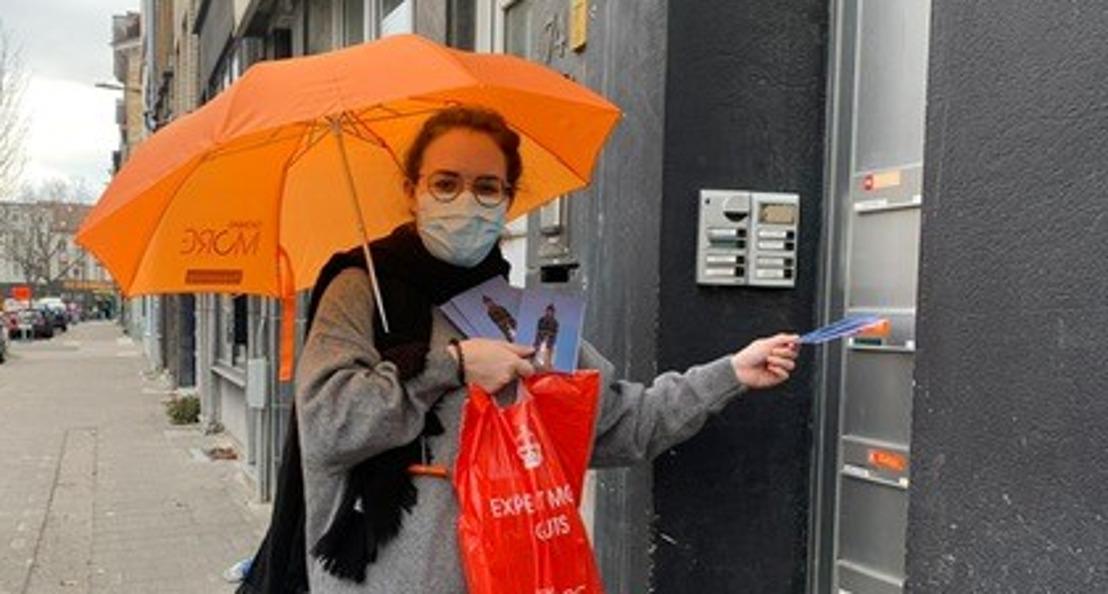 Bewoners Sint-Andrieswijk schrijven elkaar een kaartje