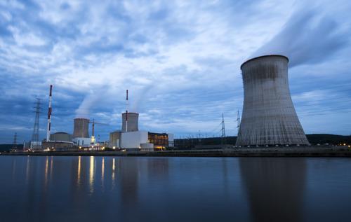 Communiqué de presse : 'Ne fermez pas toutes les centrales nucléaires en 2025'
