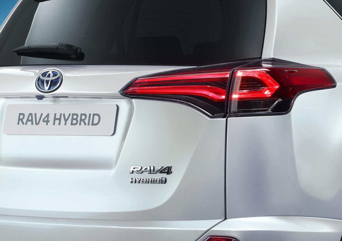 RAV4 goes Hybrid