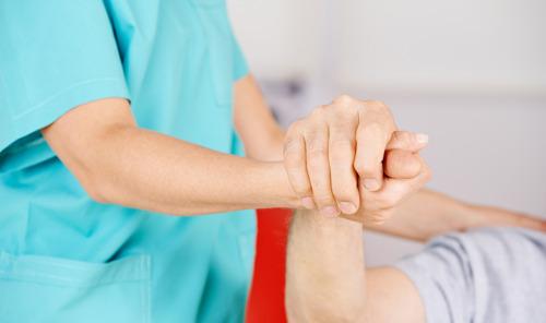 """Euthanasie bij psychisch lijden: """"We moeten aanvaarden dat de patiënt ondraaglijke pijn ervaart bij psychisch lijden"""""""