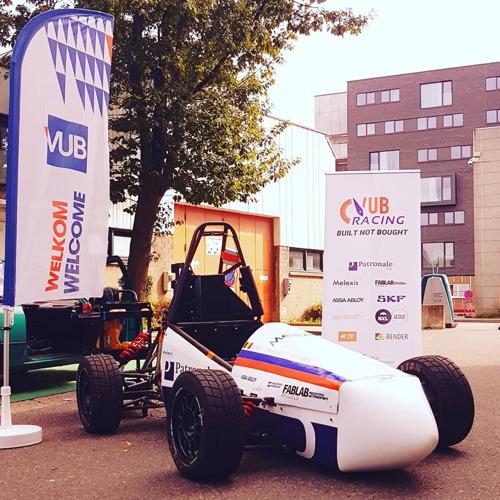 VUB-studenten bouwen volledig elektrische racewagen voor unieke racewedstrijd