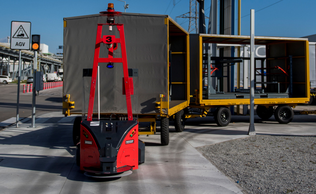 SEAT fait appel à des robots à guidage automatique et économise 1,5 tonne de CO2 par an