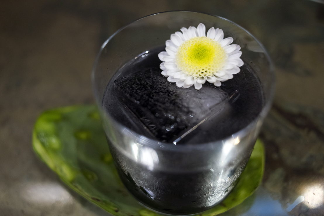 The Obsidian preparado con Tequila Casa Dragones Blanco