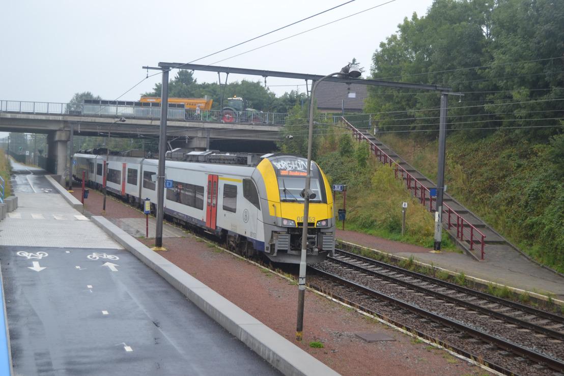 Afwerking fietssnelweg F212 tussen Asse en Brussel in de maak