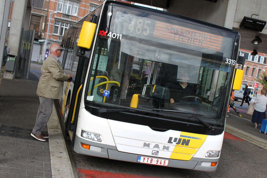 Op weekdagen wordt één vertrek van lijn 485 aangepast (locatie: Leuven)
