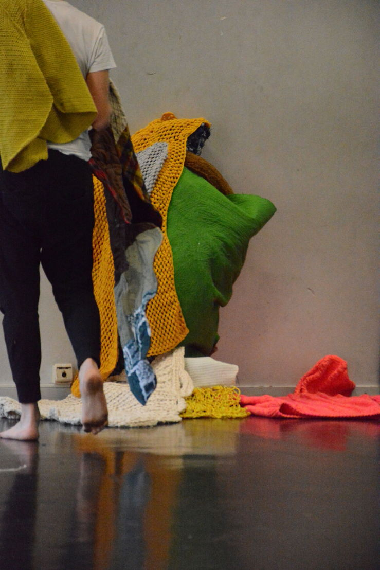 Kristof Van Gestel / Manoeuvre & Heike Langsdorf - Vormfrakken - 24>25/03 Kaaistudio's © Kristof Van Gestel / Manoeuvre