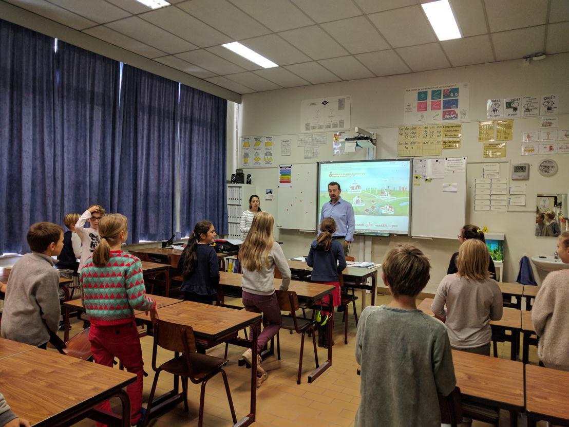 CEO Christophe Degrez gaf vandaag de eerste les in De Spreeuwen in Mechelen.
