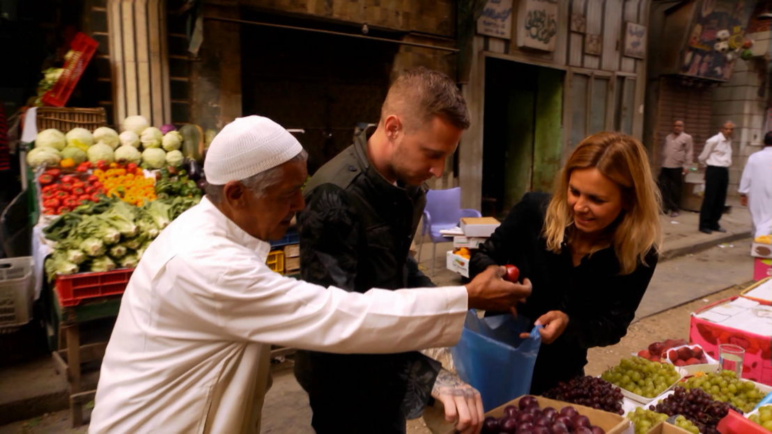 Vranckx - Alles op tafel: Egypte - Marina van Zeller en Michael Voltaggio - (c) The Travel Channel