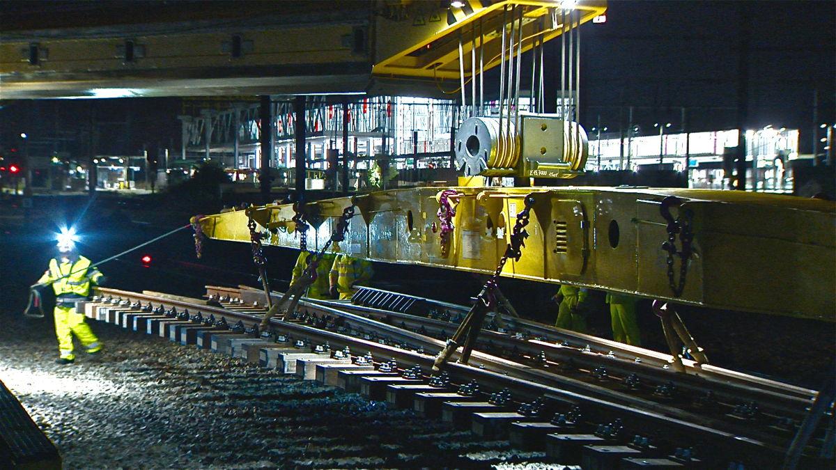 De afgelopen weken is Infrabel reeds gestart met een aantal voorbereidende spoorwerken.